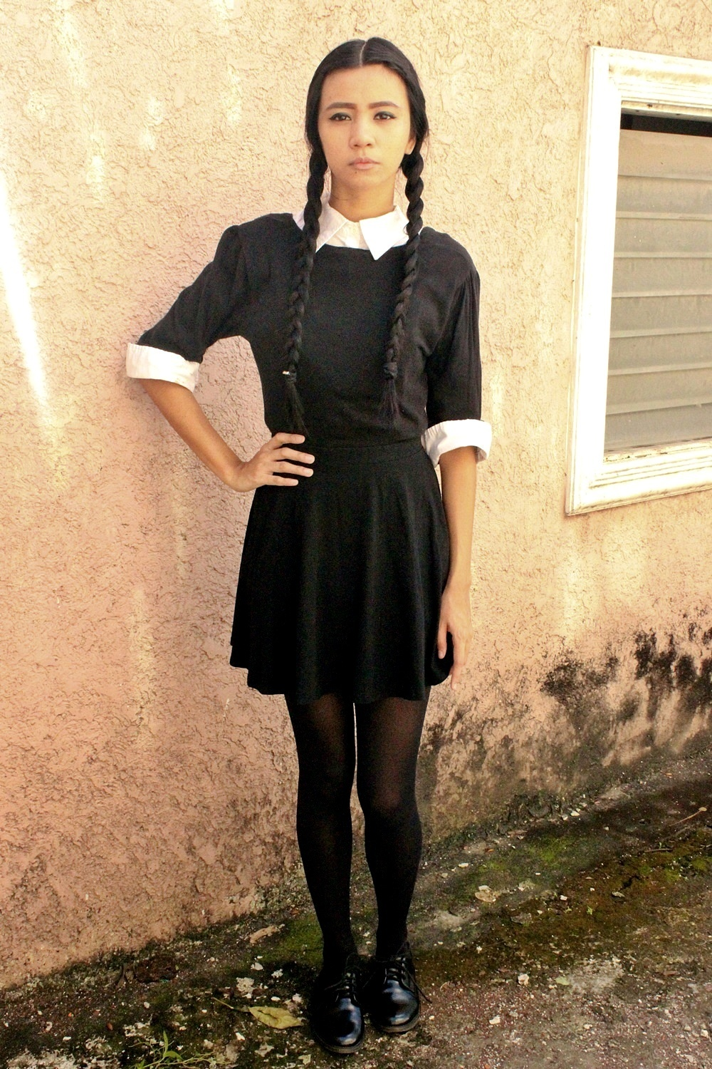 DIY: WEDNESDAY ADDAMS HALLOWEEN COSTUME  Lyndsay Picardal - Easy Costumes