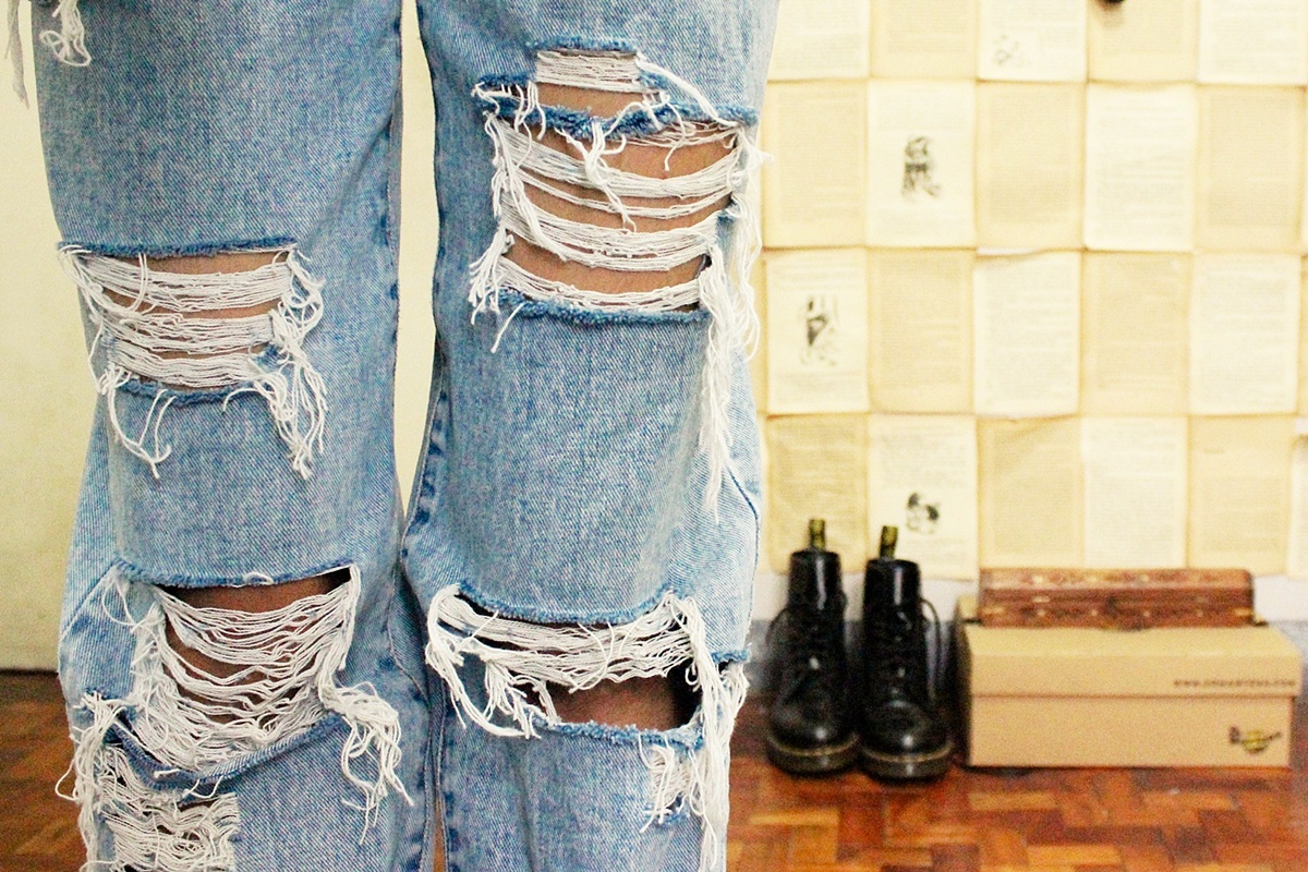 Diy Ripped Jeans Tutorial - Jeans Am