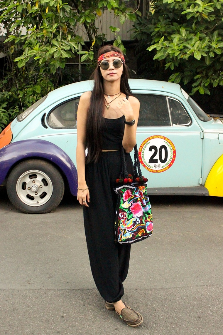 BOHO-GYPSY-FASHION-MONOBLACK-OUTFIT-EMBROIDERED-BAGS-TEEPEE-SHOP-02