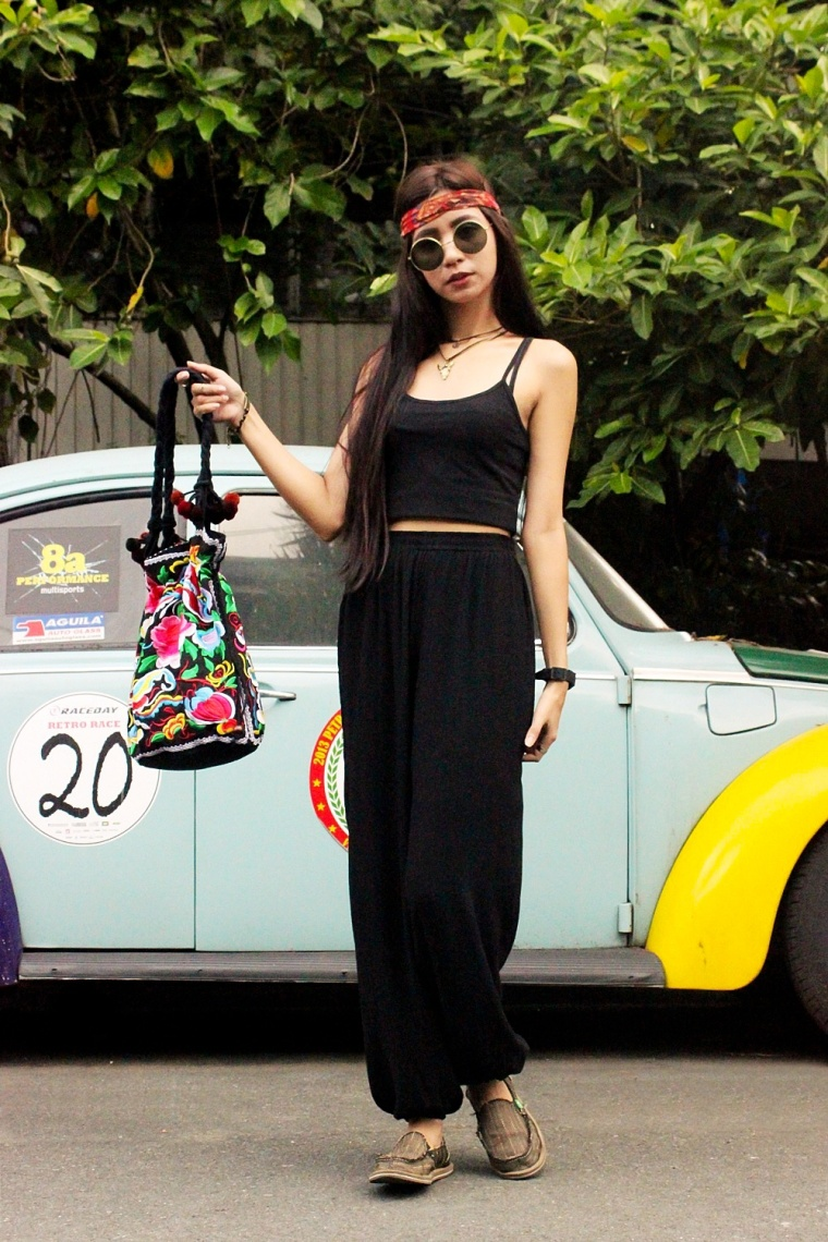 BOHO-GYPSY-FASHION-MONOBLACK-OUTFIT-EMBROIDERED-BAGS-TEEPEE-SHOP-07