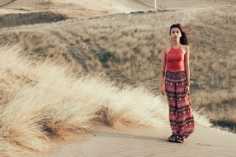 ilocos-sand-dunes-filipina-boho-fashion-blogger-lyndsay-picardal-pitusa-pepperink-tattoo-20